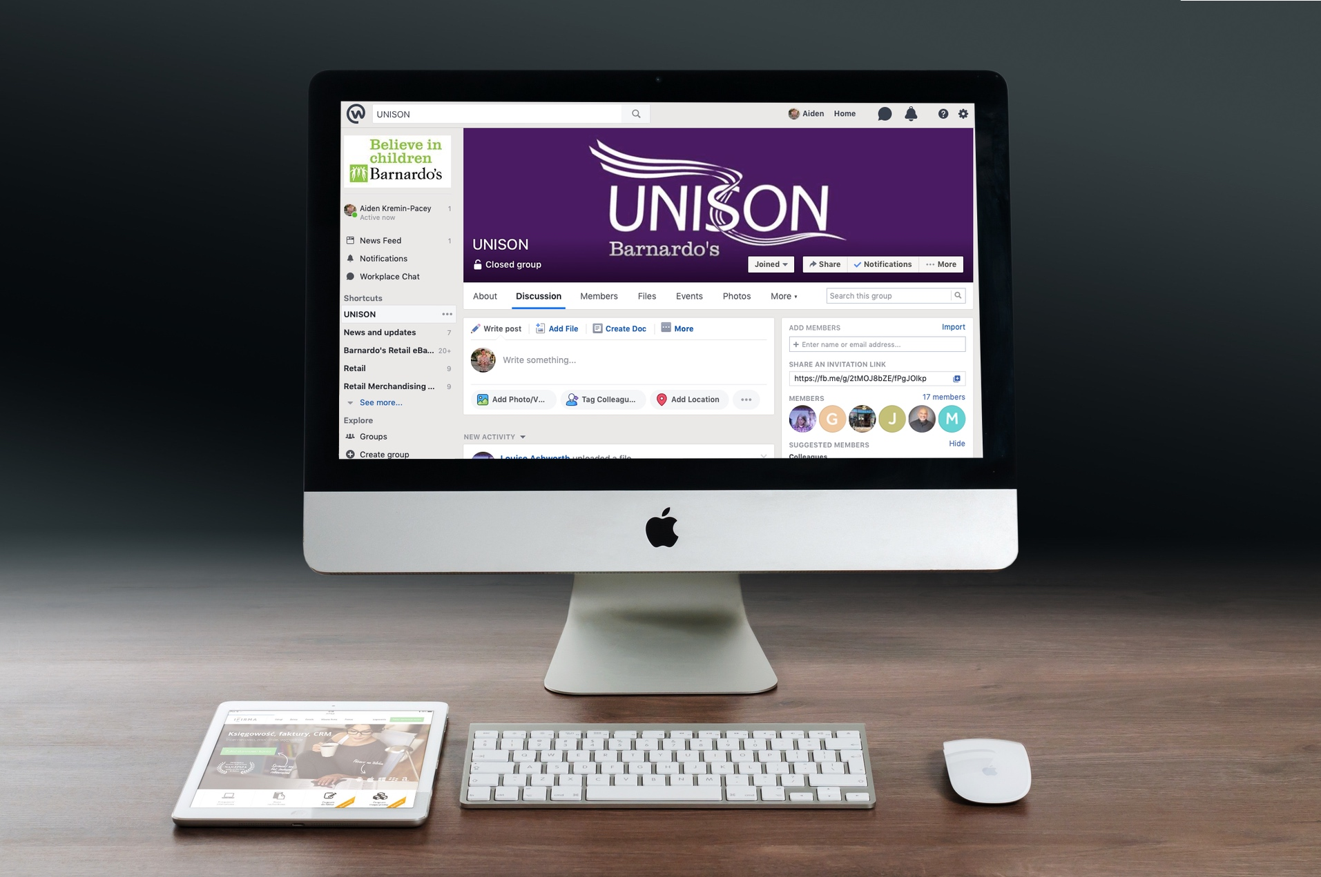 Unison Workplace monitor